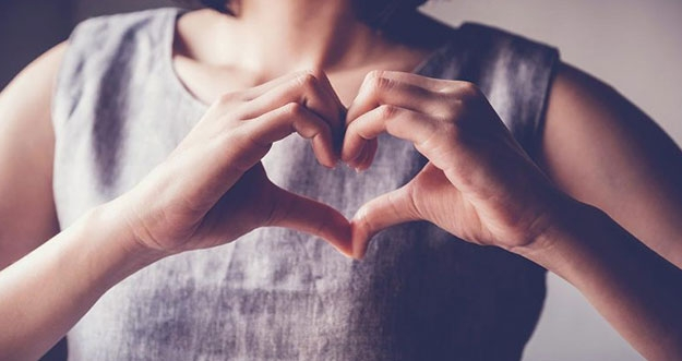 4 Tips Mencintai Diri Sendiri
