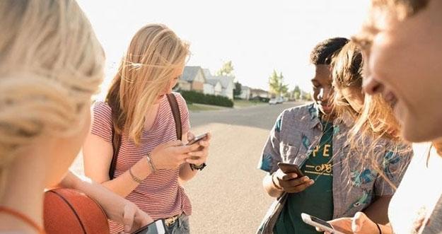 4 Masalah Yang Sering Dihadapi Remaja Di Era Digital