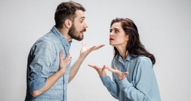 Dampak Buruk Hanya Diam Saat Bertengkar dengan Pasangan