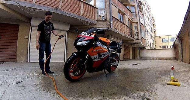 Cara Merawat Bodi Sepeda Motor