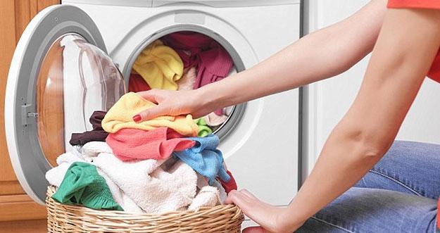 Cara Mencuci Baju Agar Tidak Bau Apek