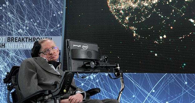 5 Sumbangan Besar Stephen Hawking Untuk Dunia Fisika