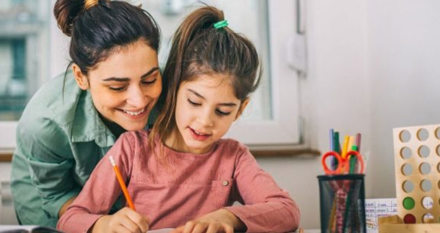 7 Cara Melatih Konsentrasi Anak Saat Belajar