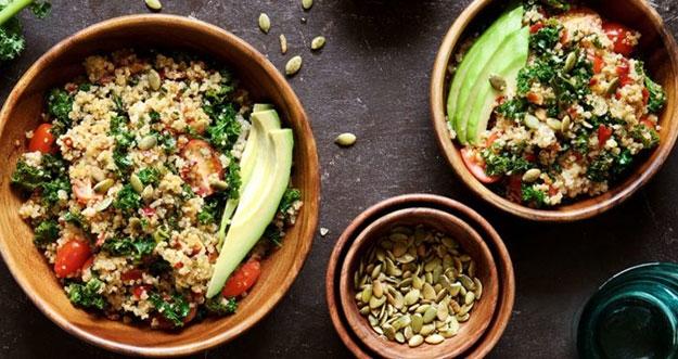 7 Makanan Yang Bisa Menghilangkan Bekas Jerawat