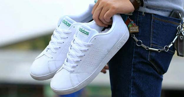 Tips Merawat Sepatu Sneakers Agar Awet