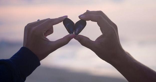 Alasan Cinta Pertama Susah Dilupakan