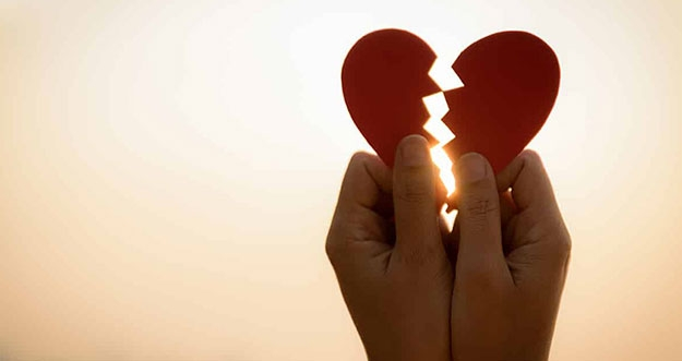 6 Alasan Mengapa Seseorang Mudah Patah Hati