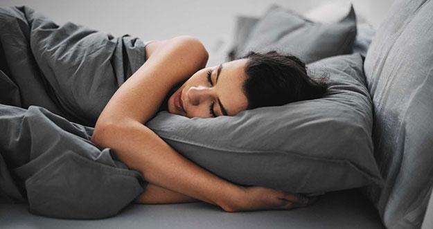 4 Makanan Yang Bisa Dikonsumsi Saat Sulit Tidur