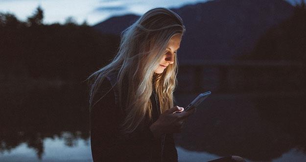 3 Tips Atasi Kebiasaan Stalking Medsos