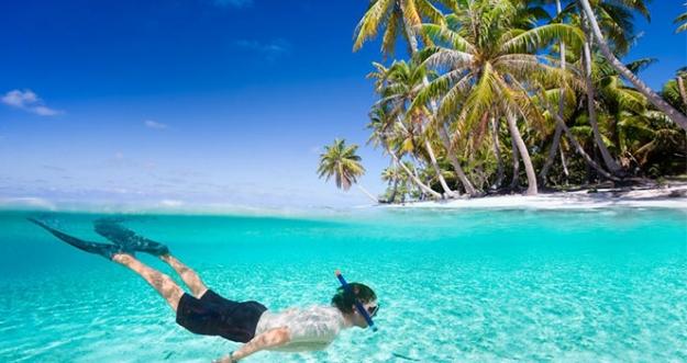 10 Tempat Terbaik Di Dunia Untuk Berenang