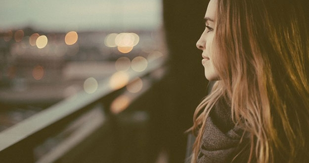 5 Ciri Perempuan Yang Tidak Mudah Dilupakan Pria
