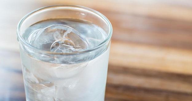 Alasan Menghindari Mengonsumsi Makanan atau Minuman Dingin Saat Buka Puasa