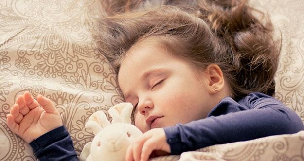 5 Hal Yang Dapat Mengganggu Tidur Anak