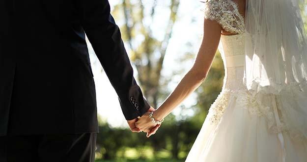 5 Mitos Seputar Pernikahan Yang Harus Kamu Acuhkan