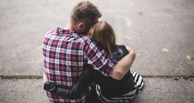 5 Cara Menunjukkan Dukungan Kepada Pasangan