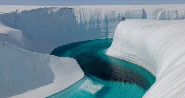 Danau Air Tawar Ditemukan Di Bawah Lapisan Es Greenland