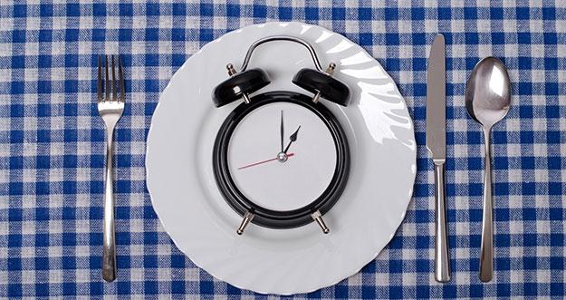 Jam Makan Yang Tepat Menurut Para Ahli