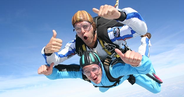 Ingin Mencoba Skydive? 3 Syarat Berikut Wajib Untuk Kamu Lakukan
