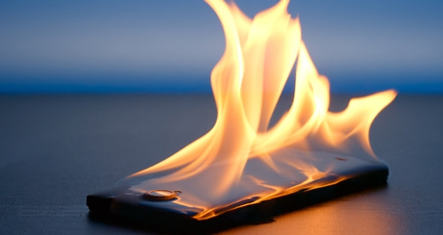 5 Tips Mencegah Baterai Smartphone Tidak Cepat Panas