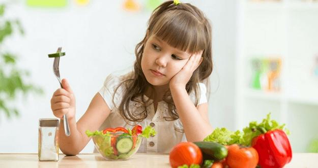 Cara Agar Anak Tidak Pilih-Pilih Makanan
