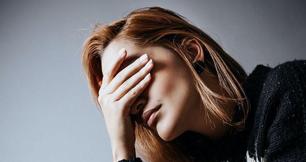 5 Alasan Yang Membuat Perempuan Takut Jatuh Cinta