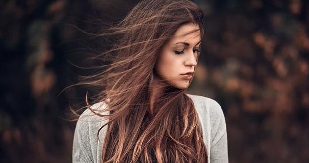 Hai Wanita, Ini Loh Alasan Pria Suka Wanita Berambut Panjang