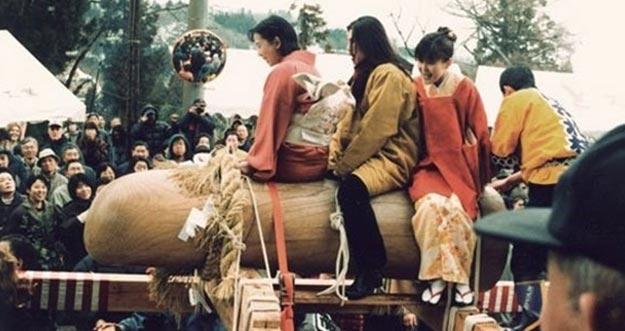 7 Tradisi Jepang Yang Berkaitan Dengan Seks Serta Maknanya