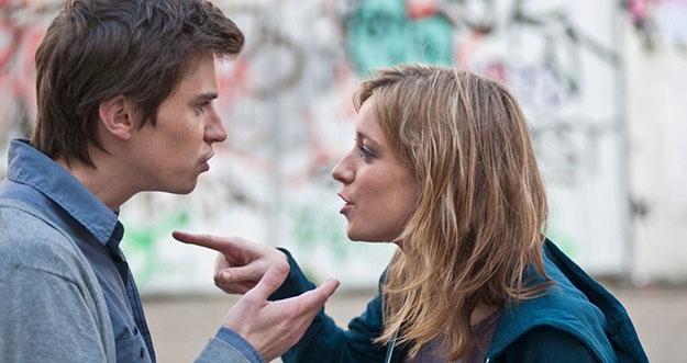 4 Kebiasaan Buruk Yang Dapat Merusak Pernikahan