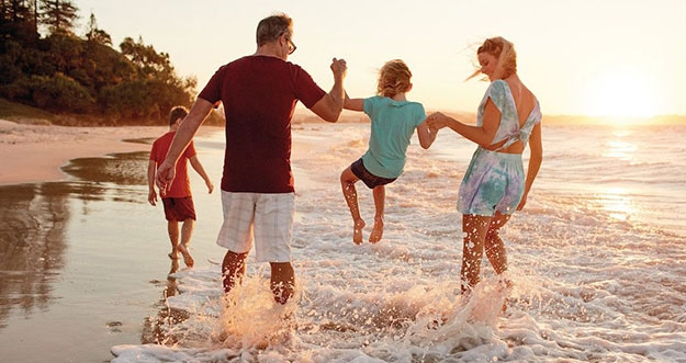 Tips Bepergian Jauh Bersama Anak